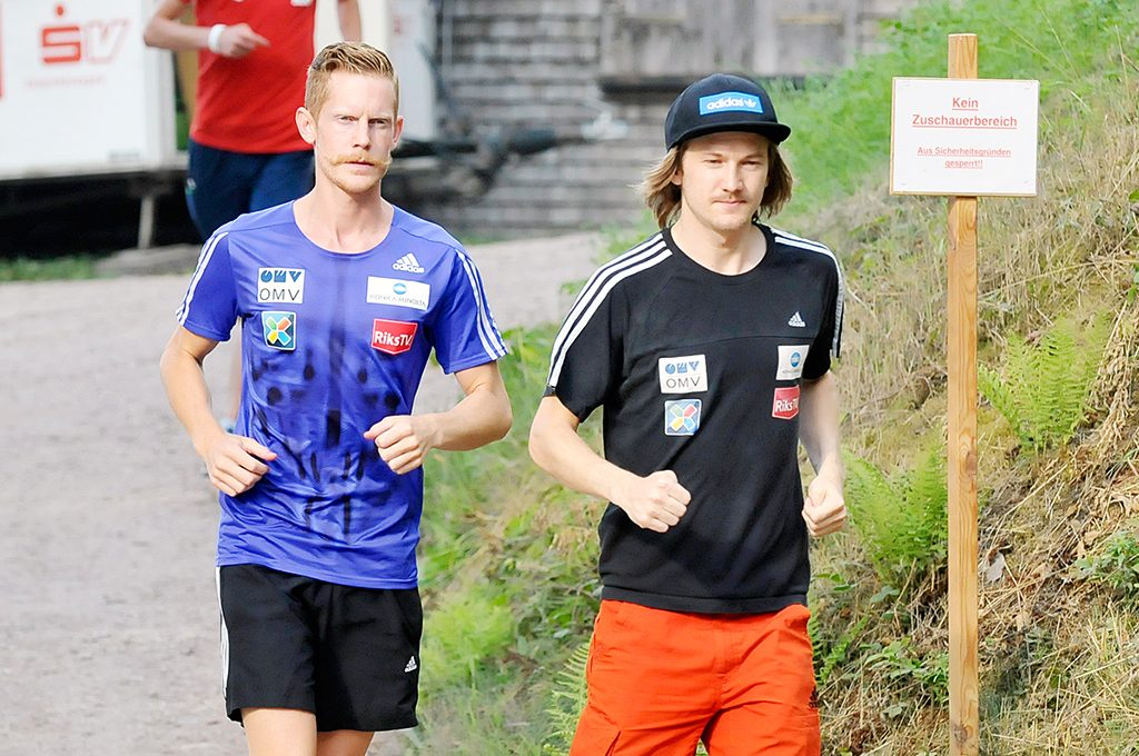 Robert Johansson, Tom Hilde