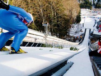 Skispringer in der Anlaufspur