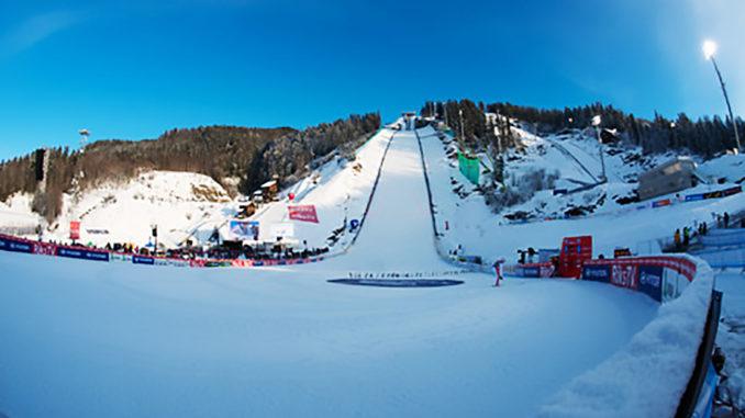 Skispringen   Wellinger und Eisenbichler auf dem Podium
